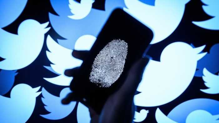 News video: Conservatives Denounce Twitter Locking Suspected Spammers