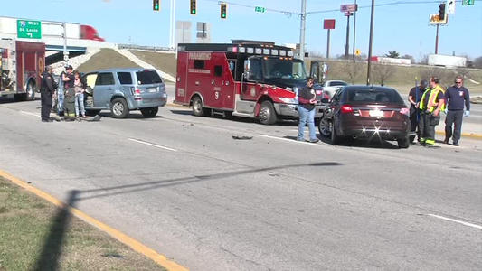 Three Car Accident On South Side Of Terre Haute One News