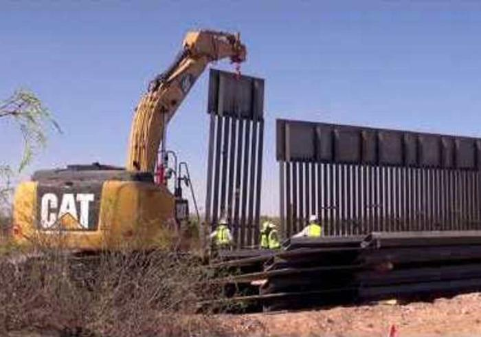 First Panels Erected In Us Mexico Border Wall One News
