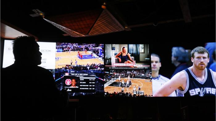 legalizing gambling Sometime this spring or early summer, the us supreme court may legalize  sports betting across the country missouri and illinois are among.