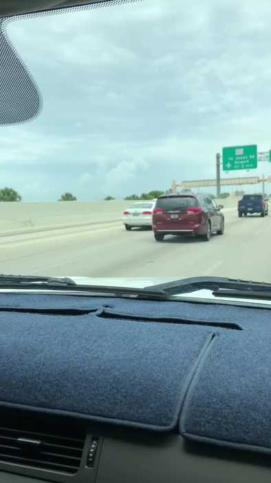 Device Covers License Plate While Going Through Toll