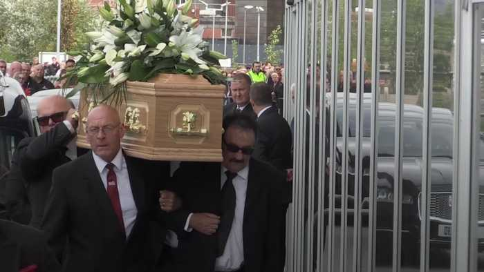 Vintage comedy celebs join family and friends at Barry Chuckle's funeral