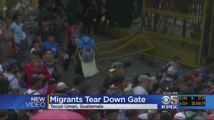 Migrant Caravan Breaks Through Mexico-Guatemala Border