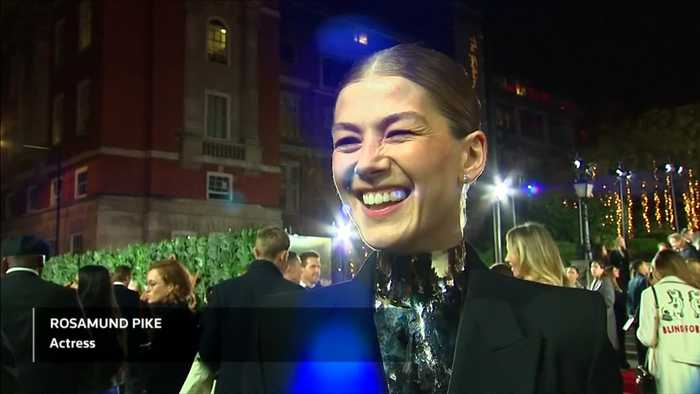 Brexit like 'accidently baring your nipple' - Rosamund Pike at Fashion Awards