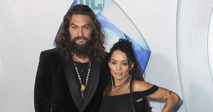 Aquaman — and Wife! Jason Momoa and Lisa Bonet Share a Kiss on the Red Carpet