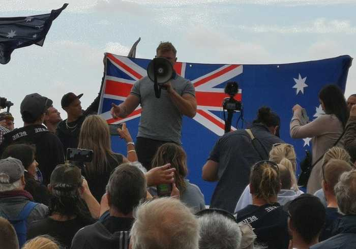 Police Form Human Wall Between Far-Right Rally and Counter Protests in St Kilda