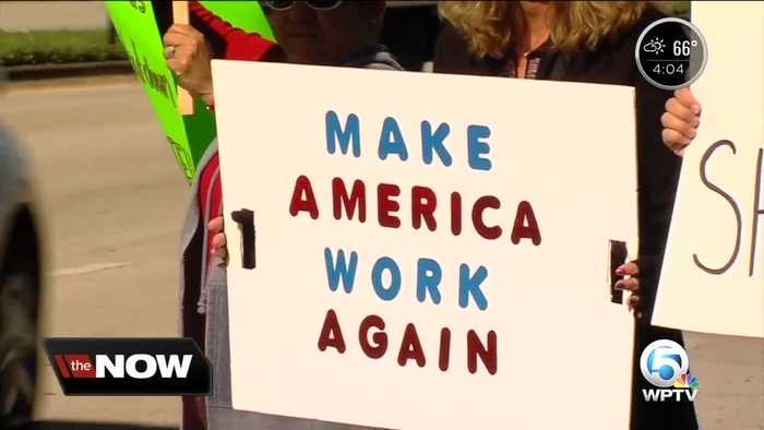Federal workers in South Florida rally, calling for an end to the government shutdown