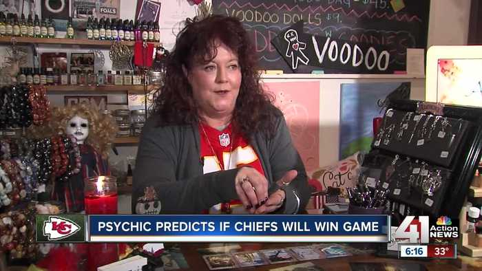 Local card readers says Chiefs were dealt right hand