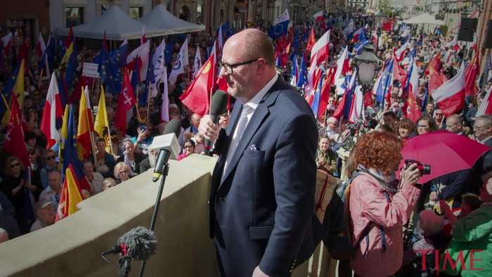 Polish Mayor Dies of Stab Wounds After Attack at Charity Event