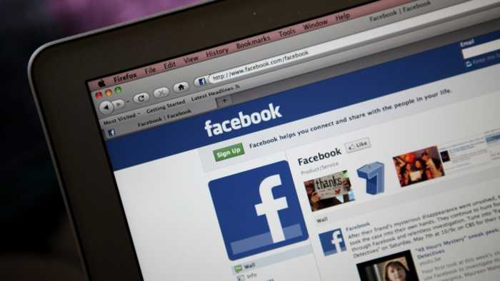 Facebook Removes Hundreds of Fake Accounts and Pages