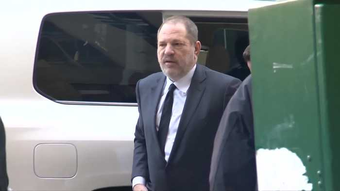 Weinstein back in court to replace legal team