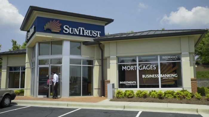 BB&T to buy SunTrust in biggest U.S. bank deal in decade