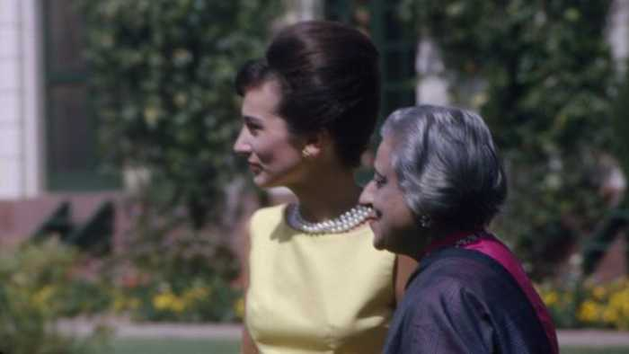 Fashion Icon Lee Radziwill, Jackie Kennedy's Sister, Dies At 85