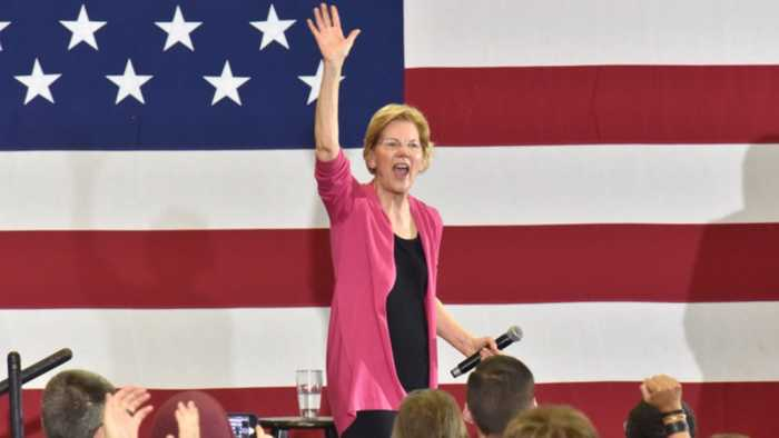 Elizabeth Warren Heckled at Campaign Stop: 'Why Did You Lie?""
