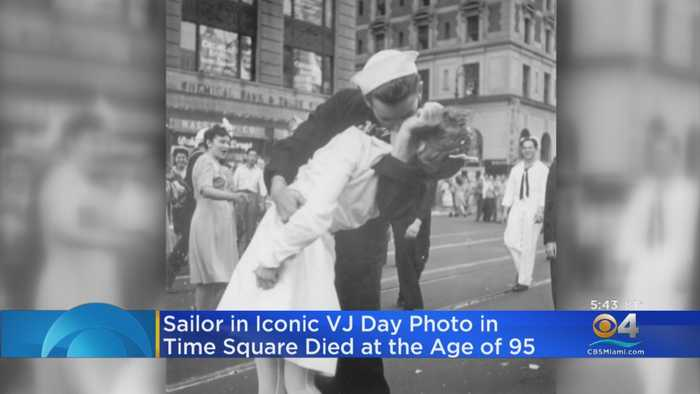 Sailor In Iconic VJ Day Dies