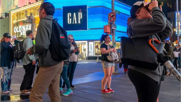 Gap Will Spin Off Old Navy