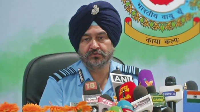 Air Chief Marshal BS Dhanoa says, 'We hit terror targets, can't count casualties'  | Oneindia News