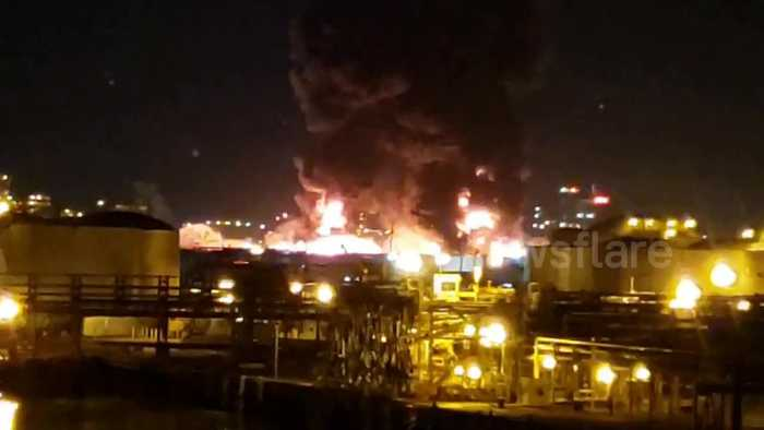 Houston Deer Park fire at gas plant causes enormous pillar of smoke