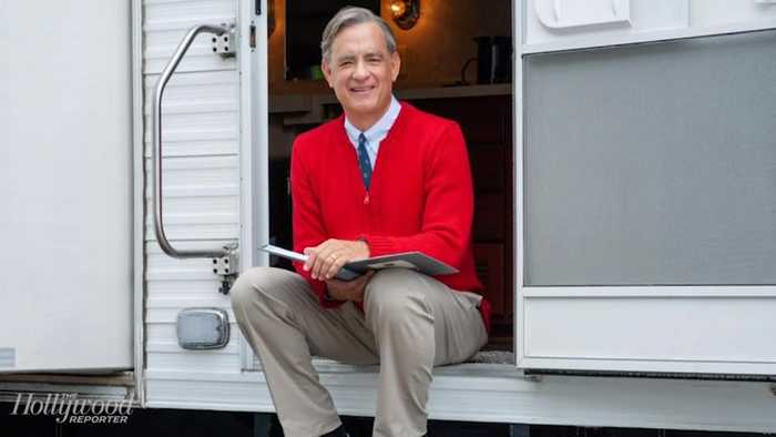 Sony Pictures Releases New Photo of Tom Hanks as Mister Rogers | THR News