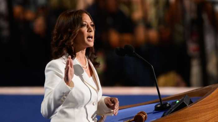Kamala Harris Wants Federal Investment to Raise Teacher Pay