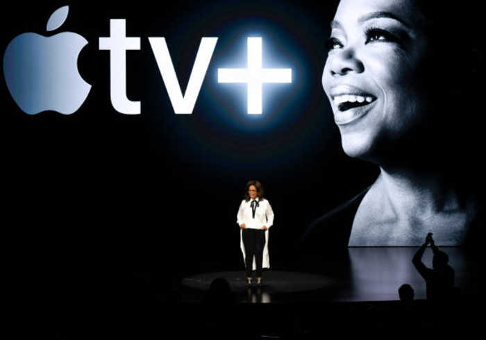 Oprah Is Bringing Exclusive Documentaries and Her Book Club to Apple TV+