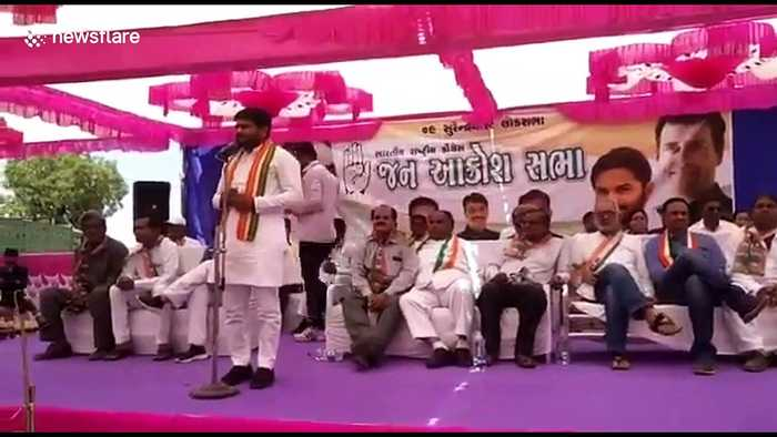 Indian politician gets slapped on stage while giving speech