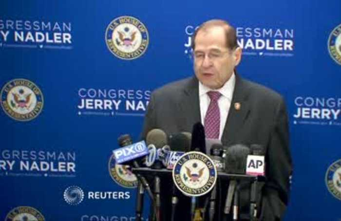 Democrats blast Barr, call for Mueller to testify