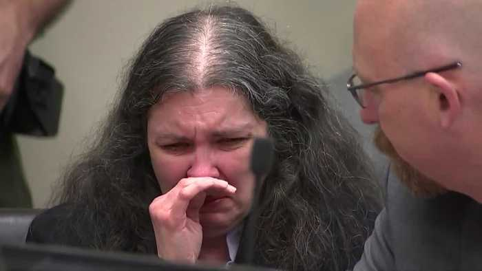 Louise Turpin Breaks Down Crying Before Sentencing