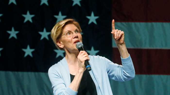 Elizabeth Warren Is 1st 2020 Candidate To Call For Impeachment Over Report