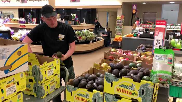 Stop & Shop employees, customers return after strike ends