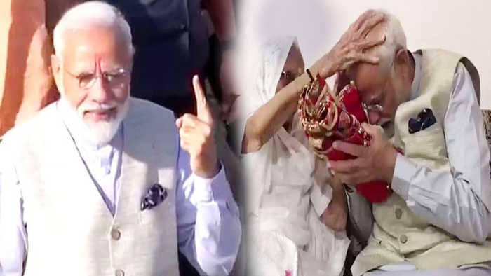 PM Modi receives blessings from his mother, Cast Vote from Gandhinagar | Oneindia News