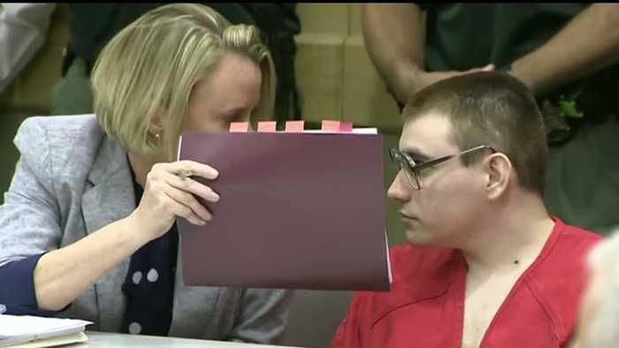 Suspected Parkland shooter to get inheritance, public defenders want to withdraw from case
