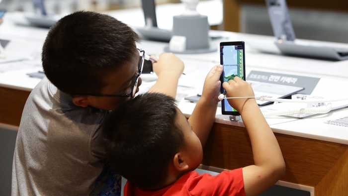 The World Health Organization Recommends Zero Screen Time For Babies