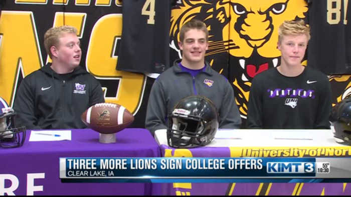 Clear Lake football players sign to play college football