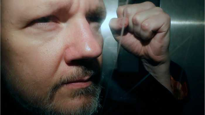Swedish prosecutor wants Assange detained for rape allegation
