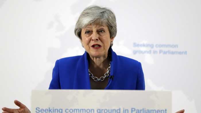 Theresa May Offers 2nd Brexit Referendum If Lawmakers Approve Her Deal