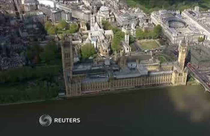 A United Kingdom looks more divided in EU vote