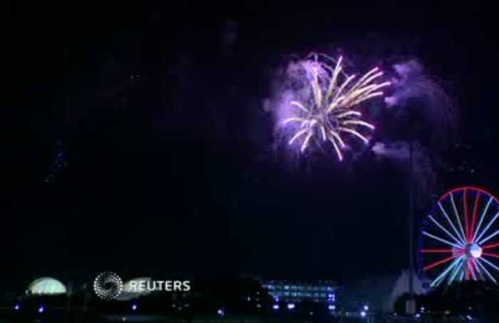 Three stabbed, 14 trampled after Chicago fireworks show