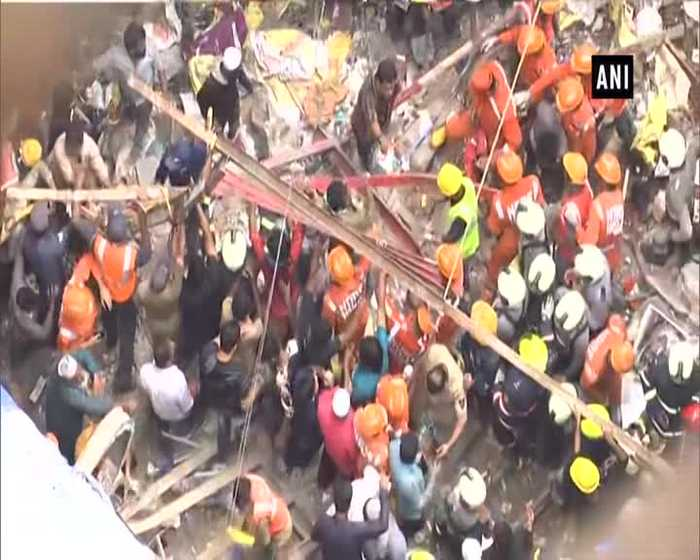 Mumbaikars must question Government Milind Deora on Mumbai building collapse