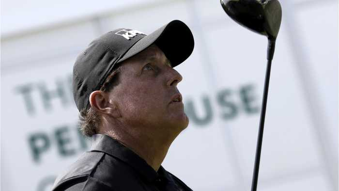 Mickelson Nearly Misses Tee Time After Lightning At Hotel