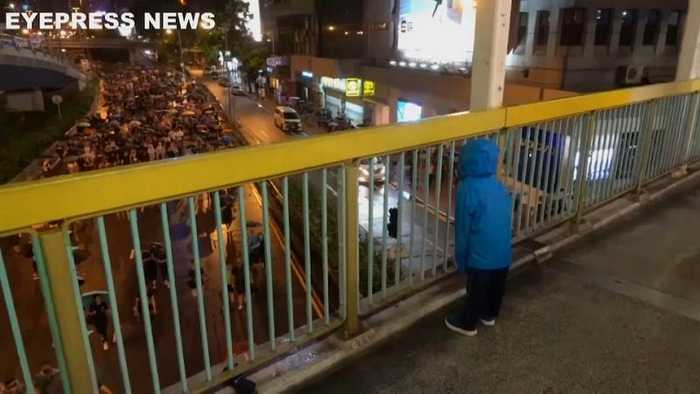 Watch: Chanting child strikes up rapport with Hong Kong protesters