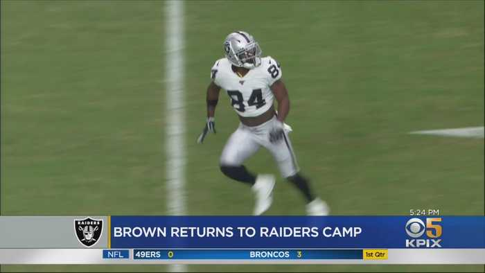 Antonio Brown Returns To Training Camp After Raiders Ultimatum