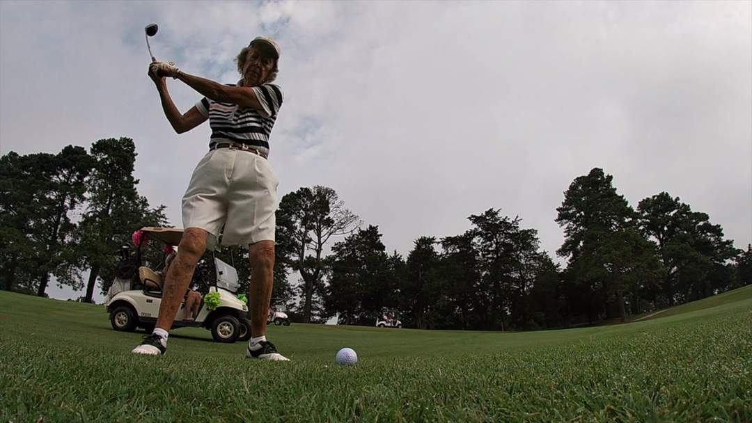 90-Year-Old Golfer in North Carolina Still Hits the Course Three Times a Week