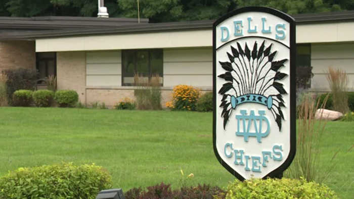 La Crosse School Board votes to support banning Native American mascots