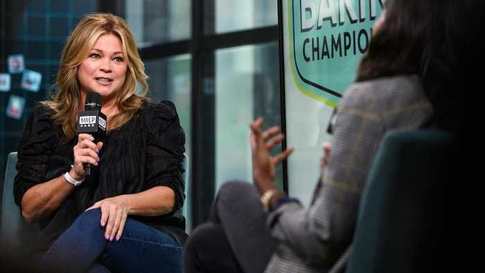 How Valerie Bertinelli Coaches The Kids On