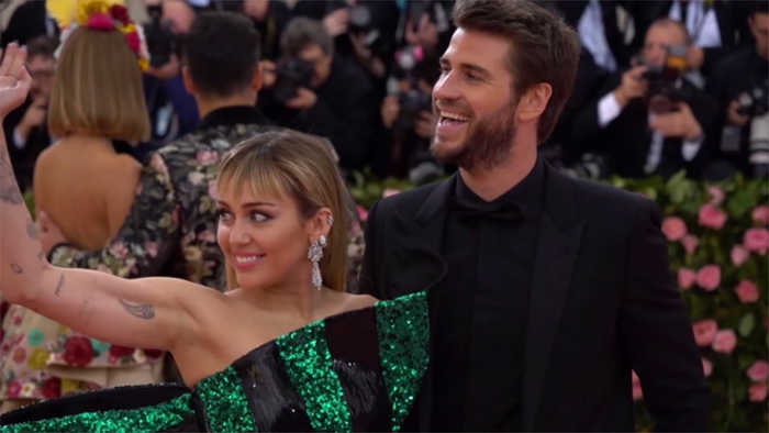 Miley Cyrus attacks cheating reports in Twitter rant