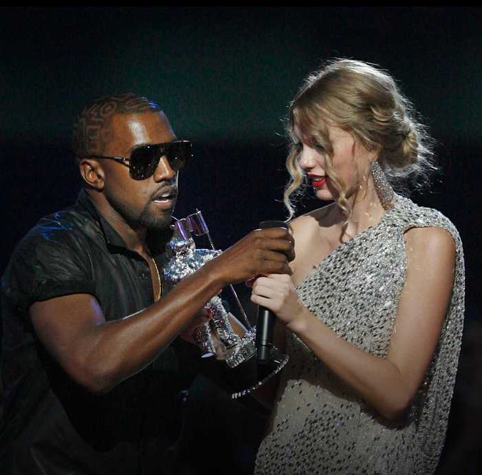 A look back at the 2009 VMA's