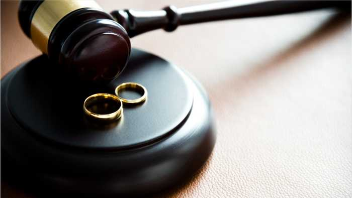 Young Couple Dies Just Minutes After Their Courthouse Wedding