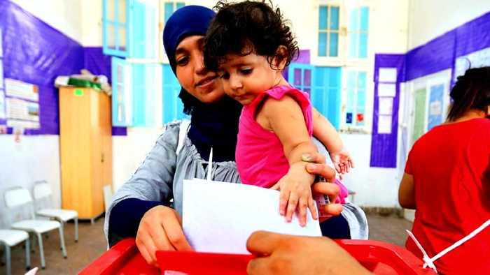 Tunisians voting in unpredictable presidential contest