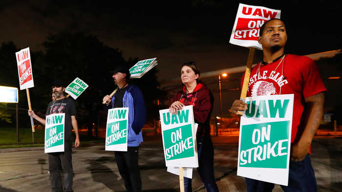 Auto workers strike against GM in contract dispute